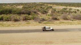 Bil på vägen som kör i ultrarapid stock video
