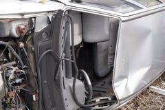 Bil som havereras i en olycka royaltyfri bild
