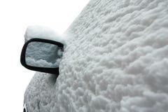 Bil som täckas med snow Arkivfoton
