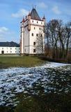 Bila-vez Turm vom 19. Jahrhundert in Hradec nad Moravici Stockfoto