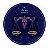 Bilancia del segno dello zodiaco sul fondo stellato del cielo di notte Immagine Stock Libera da Diritti
