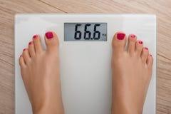 Bilancia pesa-persone 666 Fotografia Stock