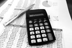 Bilanzaufstellungen Schwarzweiss Stockfoto