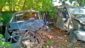 2 bilar efter olycka Arkivbilder