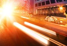 bilar fast den moving natten Arkivbilder