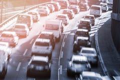 Bilar i en blodstockning fotografering för bildbyråer