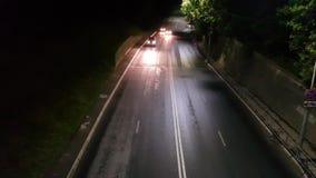 Bilar på nattvägen lager videofilmer