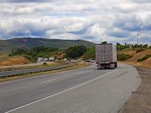 Bilar på vägen Fotografering för Bildbyråer