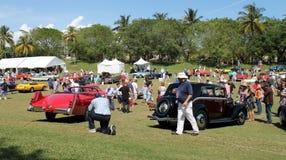 Bilar på Boca Raton semesterort 02 Arkivbilder