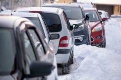 bilar räknade snow Fotografering för Bildbyråer