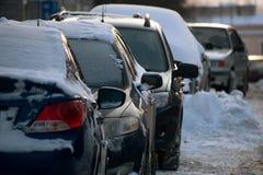 bilar räknade snow Royaltyfri Bild