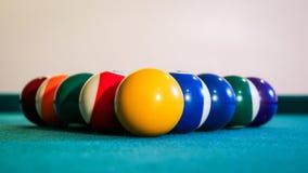 Bilardowe piłki na basenu stole Obraz Royalty Free