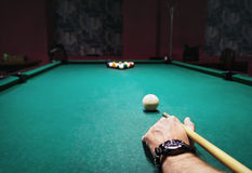 Bilardowy rozkład zajęć, piłki i wskazówka, Obrazy Stock