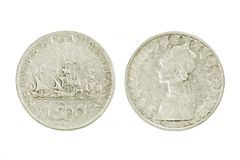 Bilateral da moeda de prata da lira italiana com os navios de Columbo Isolador Imagens de Stock