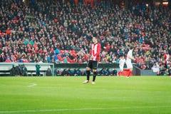 BILBAO, ESPAÑA - ARPIL 7: Aritz Aduriz en el partido entre el Athletic de Bilbao y Sevilla en la liga del Europa de la UEFA, cele Fotografía de archivo