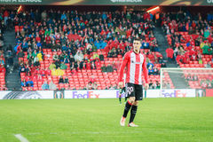 BILBAO, ESPAÑA - ARPIL 7: Aritz Aduriz en el partido entre el Athletic de Bilbao y Sevilla en la liga del Europa de la UEFA, cele Imagen de archivo