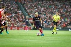 BILBAO, ESPAÑA - 28 DE AGOSTO: Leo Messi del FC Barcelona en la acción durante un partido de liga español entre el Athletic de Bi imagen de archivo