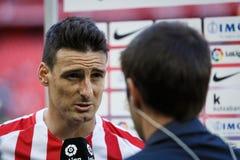 BILBAO, ESPAÑA - 18 DE SEPTIEMBRE: Aritz Aduriz, jugador atlético de Bilbao del club, en una entrevista de los deportes después d Imagen de archivo libre de regalías