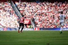 BILBAO, ESPAÑA - 18 DE SEPTIEMBRE: Artiz Aduriz, jugador de Bilbao, en la acción durante un partido de liga español entre el Athl Imagen de archivo