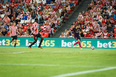 BILBAO, ESPAGNE - 28 AOÛT : Joueur de Jordi Alba, de FC Barcelona, et Inaki Williams, joueur de Bilbao, dans la correspondance en Image libre de droits