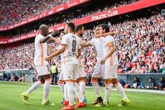 BILBAO, ESPANHA - 18 DE SETEMBRO: Munir El Haddadi e Daniel Parejo durante uma harmonia de liga espanhola entre Athletic Bilbao e Imagem de Stock