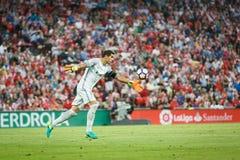 BILBAO HISZPANIA, SIERPIEŃ, - 28: Gorka Iraizoz, Sportowy Bilbao bramkarz w akci podczas Hiszpańskiego Ligowego dopasowania międz Zdjęcia Stock