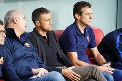 BILBAO HISZPANIA, SIERPIEŃ, - 28: Luis Enrique i Juan Carlos Unzue kadra trenerów w dopasowaniu między Sportowym Bilbao i FC bare Obrazy Stock