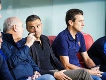 BILBAO HISZPANIA, SIERPIEŃ, - 28: Luis Enrique i Juan Carlos Unzue kadra trenerów w dopasowaniu między Sportowym Bilbao i FC bare Fotografia Royalty Free
