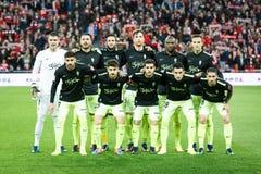 BILBAO HISZPANIA, STYCZEŃ, - 29: Bawjący się de Gijon graczów pozy dla fotografów przedtem dopasowanie między Sportowym Bilbao i  Zdjęcia Stock