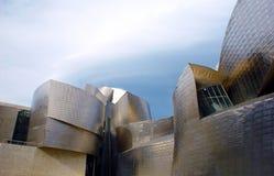 Bilbao Museum of the Guggenheim next to the Bilbao Estuary 3. Bilbaíno Museum of contemporary art of the Guggenheim next to the estuary of Bilbao. Basque Stock Photos