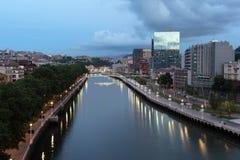 Bilbao przy półmrokiem Prowincja Biskajski, Hiszpania Fotografia Royalty Free