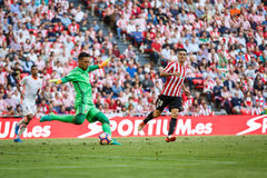 BILBAO, SPAIN - SEPTEMBER 18: Diego Alves and Aritz Aduriz, in the match between Athletic Bilbao and Valencia CF, celebrated on Se Royalty Free Stock Images
