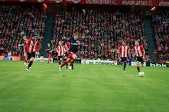 BILBAO SPANIEN - APRIL 20: Fernando Torres och Mikel Balenziaga i matchen mellan idrotts- Bilbao och Athletico de Madrid, celeb Arkivbilder
