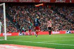 BILBAO, SPANIEN - 20. APRIL: Fernando Torres und Xabier Etxeita im Match zwischen Athletic Bilbao und Athletico De Madrid, celebr Lizenzfreies Stockfoto