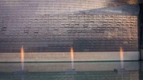 Bilbao, Spanien - Juli 08, 2018 - solnedgångsikt av det modern och samtida konstGuggenheim museet som planläggs av den amerikansk royaltyfri foto