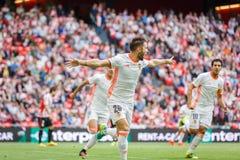 BILBAO SPANIEN - SEPTEMBER 18: Alvaro Medran Valencia CFspelare, firar hans mål i matchen mellan idrotts- Bilbao och dal Royaltyfri Foto