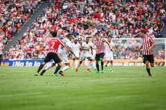 BILBAO SPANIEN - SEPTEMBER 18: Eneko Boveda Bilbao spelare, i handling under en spansk ligamatch mellan idrotts- Bilbao och Val Arkivbilder