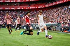 BILBAO SPANIEN - SEPTEMBER 18: Eneko Boveda och Jose Luis Gaya i matchen mellan idrotts- Bilbao och Valencia CF som firas på Royaltyfri Fotografi