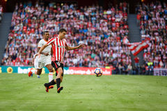 BILBAO SPANIEN - SEPTEMBER 18: Oscar de Marcos och Nani, under en spansk ligamatch mellan idrotts- Bilbao och Valencia CF, cel Royaltyfria Bilder