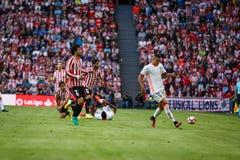 BILBAO SPANIEN - SEPTEMBER 18: Rodrigo Moreno och Eneko Boveda, i matchen mellan idrotts- Bilbao och Valencia CF, firade på Royaltyfri Fotografi