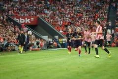 BILBAO, SPANJE - AUGUSTUS 28: Lionel Messi, de speler van FC Barcelona, looppas aan de bal in de gelijke tussen Atletisch Bilbao  Royalty-vrije Stock Foto's