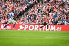 BILBAO, SPANJE - OKTOBER 16: Aritz Aduriz, tijdens een Spaanse Ligagelijke tussen Atletisch Bilbao en Echte Sociedad, vierde op O Royalty-vrije Stock Foto