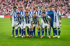BILBAO, SPANJE - OKTOBER 16: De echte Sociedad-spelers stelt voordien voor fotografen aan de gelijke tussen Atletisch Bilbao en E stock foto's