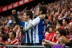 BILBAO, SPANJE - OKTOBER 16: Echte Sociedad-Ventilators tussen Atletische ventilators in de gelijke tussen Atletisch Bilbao en Ec Stock Afbeelding