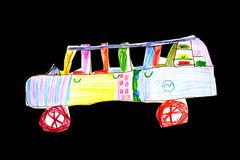 bilbarn som tecknar s-toyen Arkivfoto