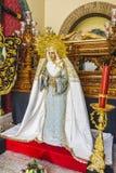 bild av den jungfruliga Maryen inom en kyrkliga Marbella, Andalucia Spa arkivbilder