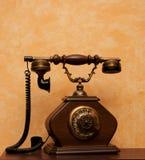 Bild av den retro telefonen Arkivbilder