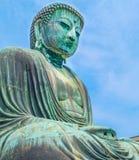 bild av den stora Buddhabronsstatyn i Kamakura, Kotokuin tempel Royaltyfri Fotografi