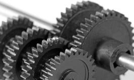 Bild av kugghjulet svart isolerad teamwork för begrepp 3d illustration Fotografering för Bildbyråer