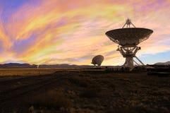 Bild av radioteleskop Royaltyfri Bild
